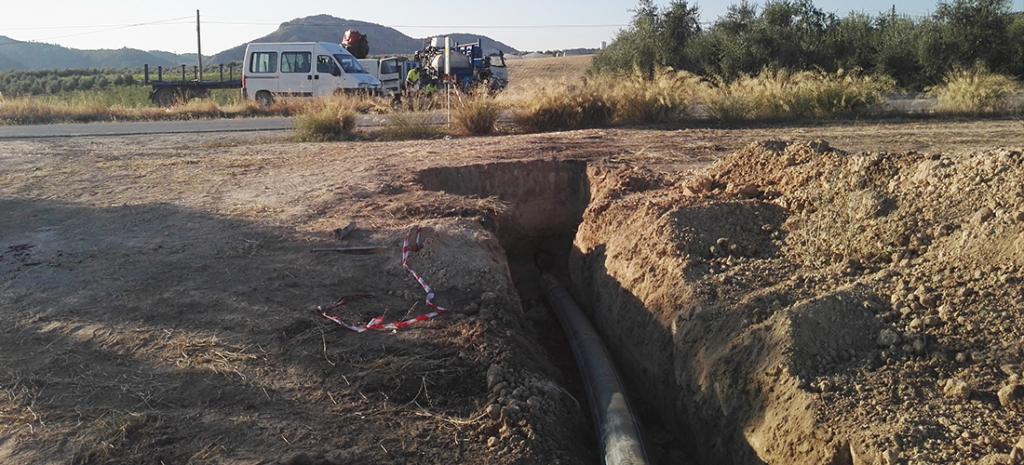 Abastecimiento de agua polígono Badolatosa. Perforación horizontal dirigida.